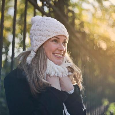 ¿Por qué las mujeres tienen más frío que los hombres?