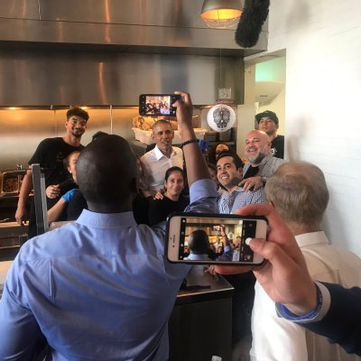 Fotos: Barack Obama va a comer tacos y enloquece a comensales de restaurante