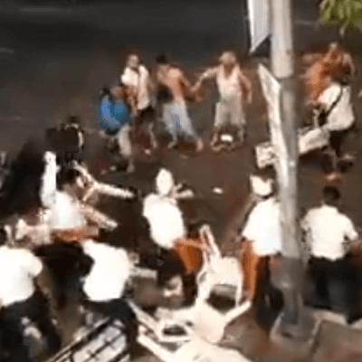 Se registra pelea entre turistas borrachos y meseros en Acapulco