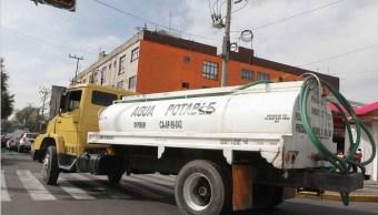 Gobierno CDMX recibió 350 llamadas solicitando pipas