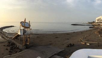 Rescatan a dos familias a punto de ahogarse en Boca del Río