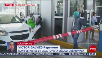 Manifestantes toman caseta de la autopista México-Cuernavaca