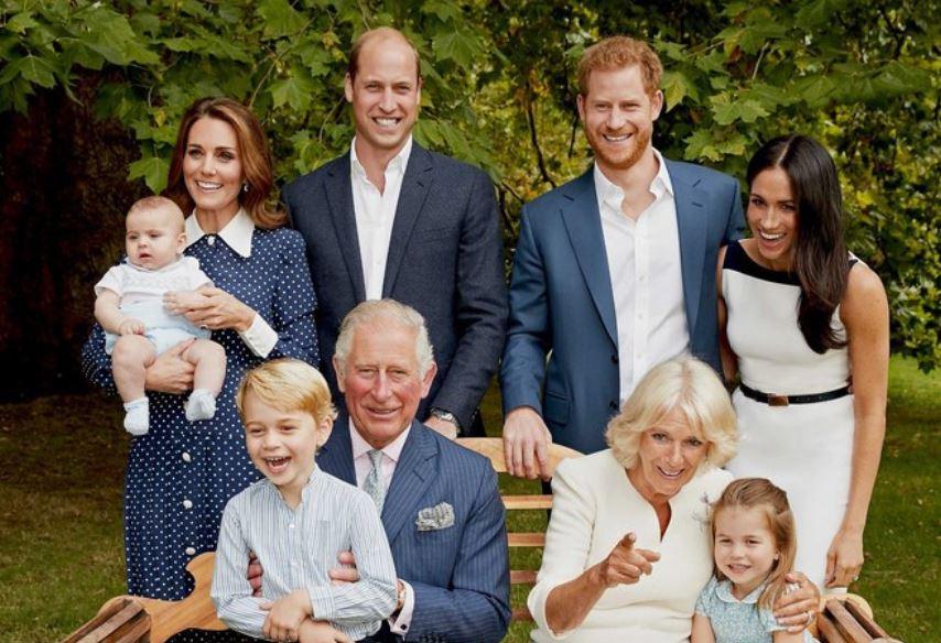 Principe Carlos cumple 70 años y revela dos nuevos retratos