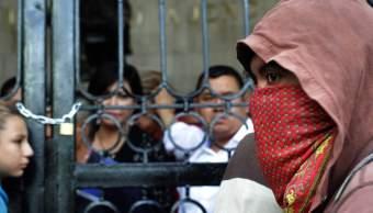 Protesta Chiapas; maestros telebachillerato toman Congreso