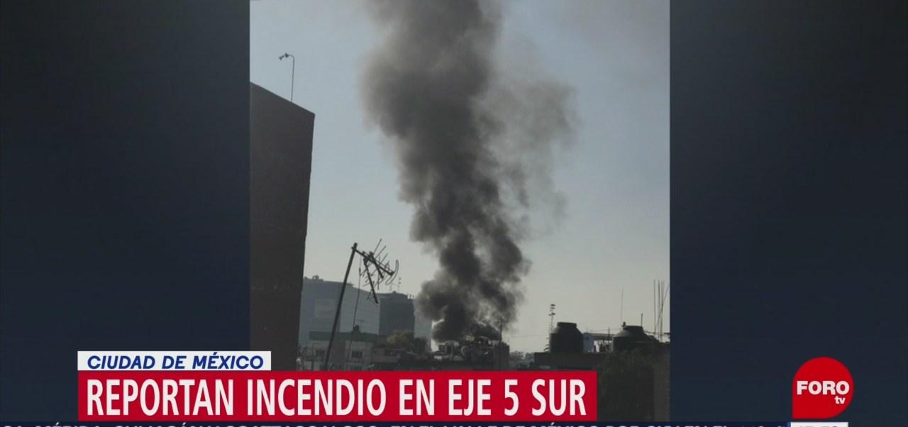 Incendio En Iztapalapa Tarde De Este Lunes Vivienda En Eje 5 Sur, Alcaldía De Iztapalapa