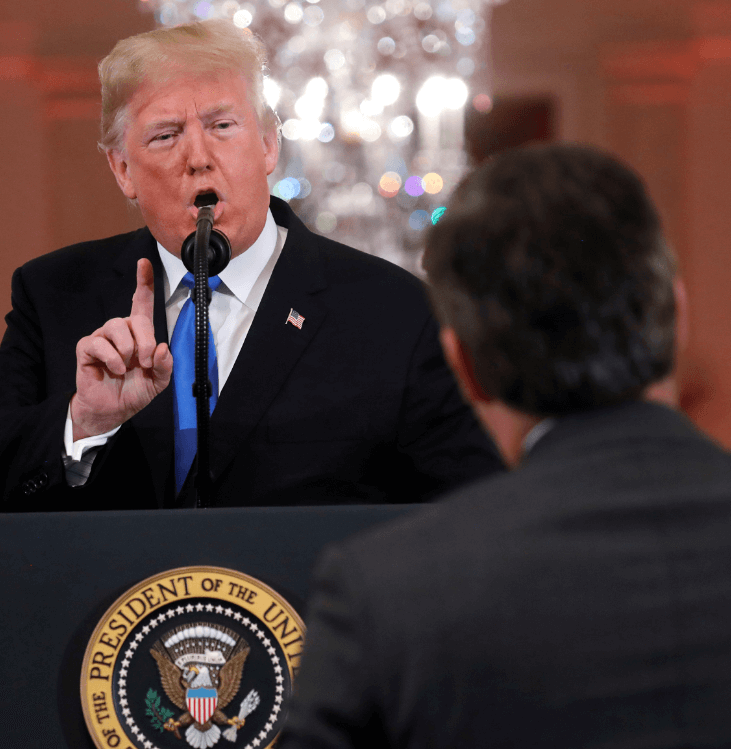 Trump interrumpe al periodista Jim Acosta, de CNN, (Reuters)