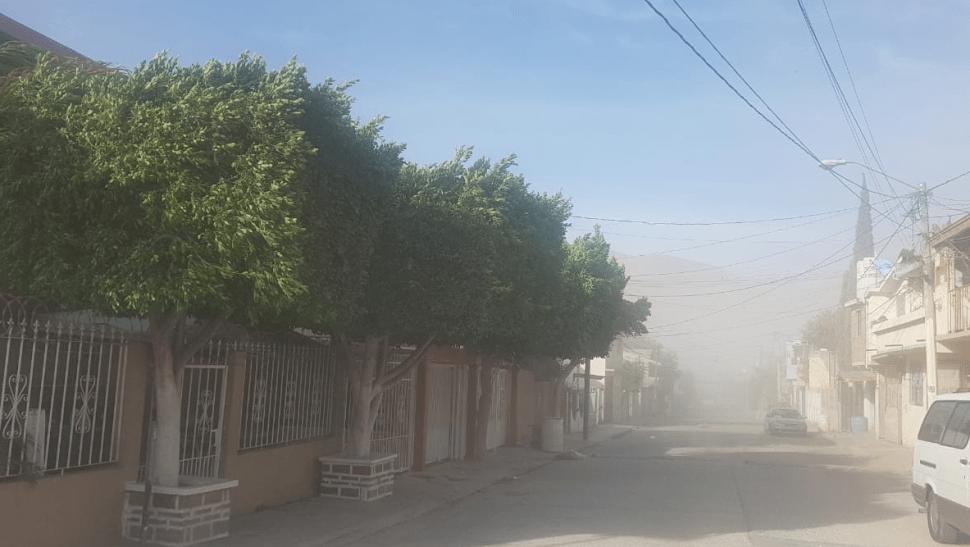 Vientos de Santa Ana favorecen incendios en Tijuana
