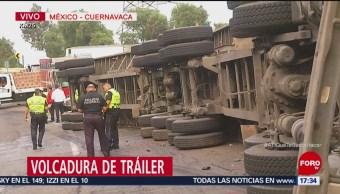Vuelca tráiler de cerveza en la México-Cuernavaca