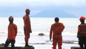 Indonesia eleva a 430 la cifra de muertos y a 22 mil los desplazados por el tsunami