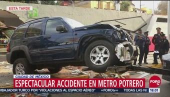 Abuelita trató de escapar tras impactarse en Metro Potrero, según testigos