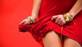 Mujer revela que tener sexo cinco veces al día no era suficiente
