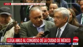 AMLO llega al Congreso de la Ciudad de México