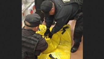 Hallan paquete sospechoso en tienda de autoservicio Ecatepec