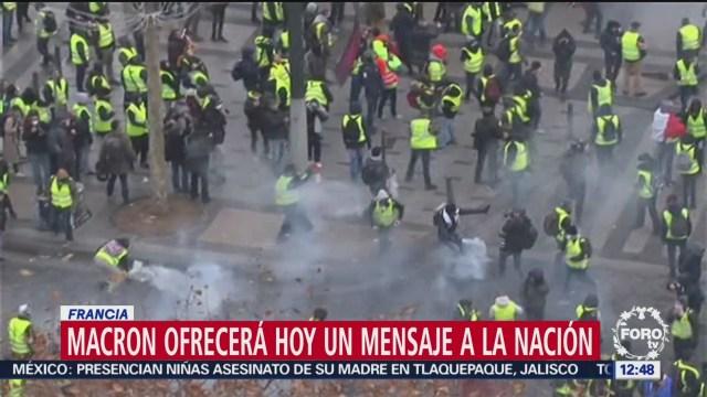 Aumenta presión contra Macron por protestas de 'chalecos amarillos'