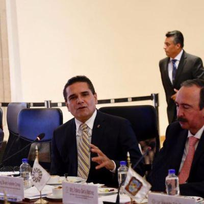 AMLO mostró sensibilidad a propuesta de gobernadores sobre seguridad, dice Silvano Aureoles