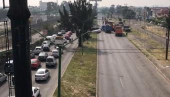 Transportistas bloquean Avenida Central