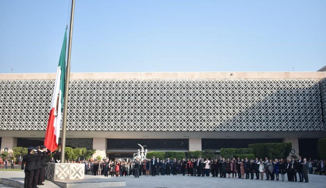 Llega a diputados iniciativa de Reforma Educativa de AMLO