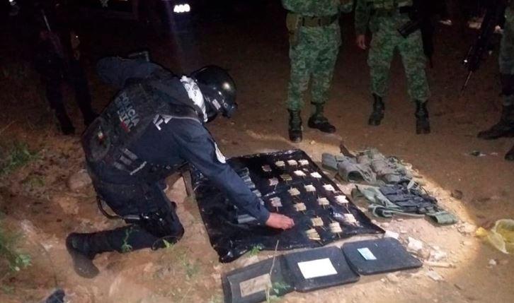 Aseguran cartuchos de uso exclusivo del Ejército en Petatlán, Guerrero