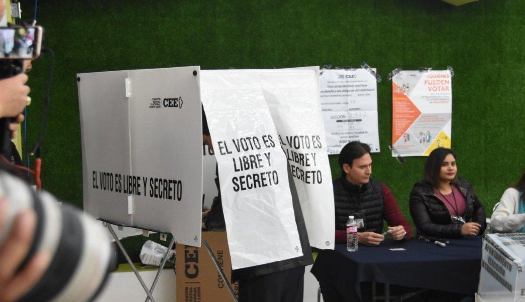 Monterrey vota por alcalde en comicios extraordinarios