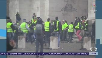 'Chalecos amarillos' convocan a nuevas protestas en Francia