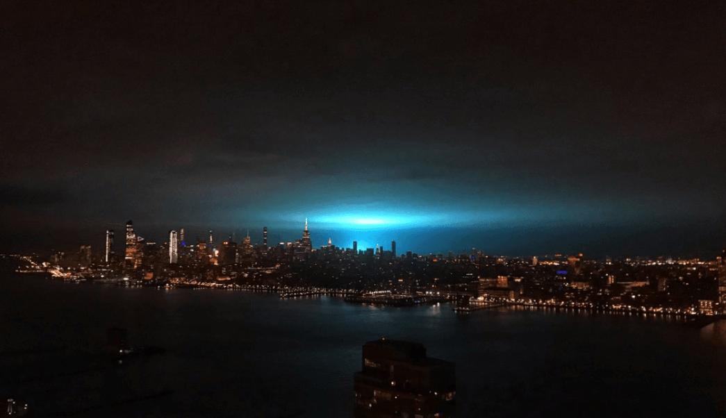 Explota transformador en Queens e ilumina cielo neoyorquino