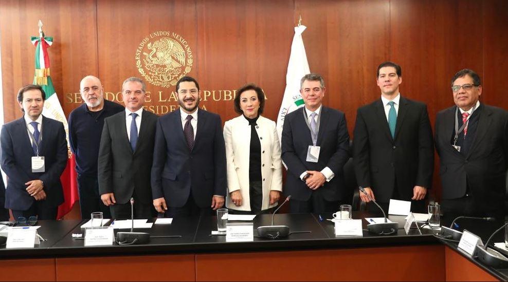 Representantes de la CIRT se reúnen con senadores