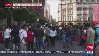 Comerciantes informales se manifiestan frente a Palacio del Ayuntamiento CDMX