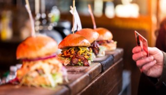 Comidas de restaurantes, ¿problema para la obesidad global?