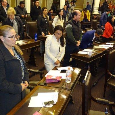 Congreso de Puebla pospone elección para gobernador interino y aprueba Ley de Egresos