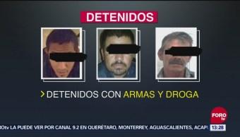 Detienen a 3 con arsenal y drogas en León, Guanajuato