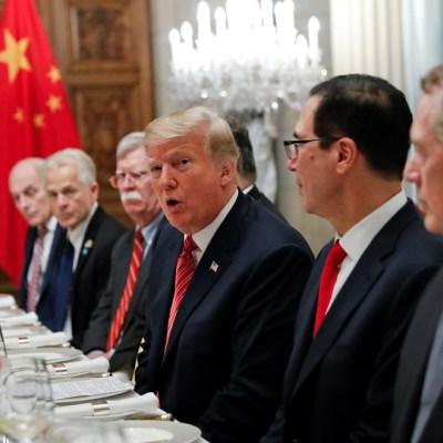 Trump: China acepta 'retirar' aranceles a automóviles de Estados Unidos
