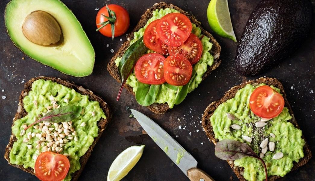 El aguacate es uno de los alimentos que más aportan Omega 3 y ácidos grasos esenciales (GettyImages)