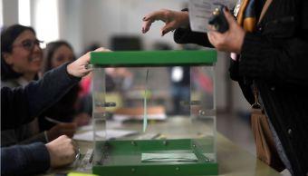 Cierran mesas de votación en Andalucía y comienza el conteo