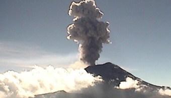 Popocatépetl registra exhalación de dos mil metros de altura