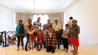 familia de guerrero se vuelve simbolo del cambio en los pinos