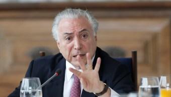 Fiscalía brasileña imputa a presidente Temer por corrupción