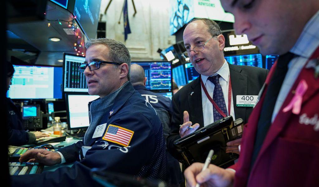 Wall Street cierra mixto y el Dow Jones pierde 0.22%