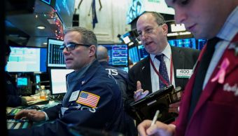 Wall Street cierra mixto y el Dow Jones pierde 0.22%