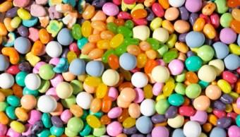 Mujeres drogan con dulces a hombres para robarlos en CDMX