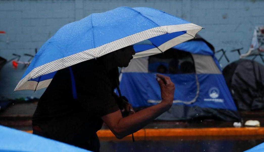 En aumento, riñas y roces por hacinamiento de migrantes centroamericanos en Tijuana