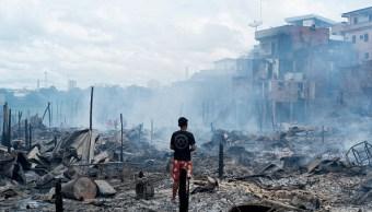 Incendio destruye 600 casas en barrio pobre de Brasil