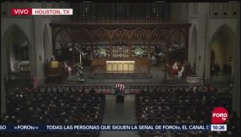 James Baker resalta labor del expresidente George H. W. Bush