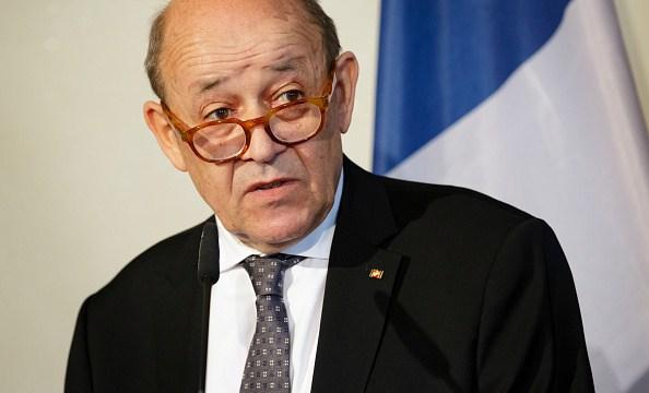Francia pide a Trump no meterse en protestas de París