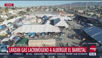 Lanzan gas lacrimógeno a migrantes en albergue 'El Barretal'