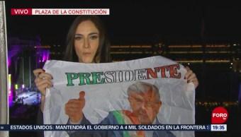 Miles disfrutan de celebración tras discurso de AMLO en Zócalo