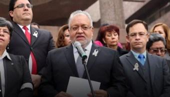 Magistrados y jueces se manifiestan contra la Ley de Remuneraciones en San Lázaro