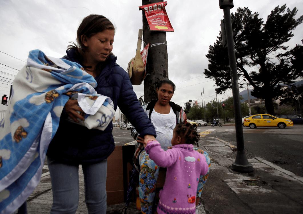Migrantes venezolanas en Ecuador. (AP)