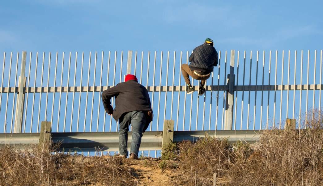 Migrantes crucen manera ilegal tendrán cargos criminales