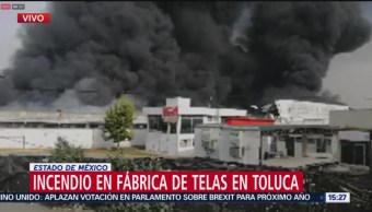 Movilización por incendio en fábrica en Toluca
