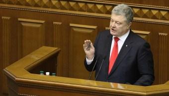 Poroshenko firmará ley que pondrá fin a amistad con Rusia